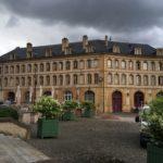 Vente Place de la Comédie : le maire veut passer en force avant la fin de mandat