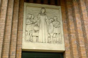 Le Sablon, fronton de l'école St Bernard