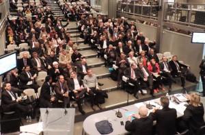 Les maires se libèrent de la tutelle UDI-PS-UMP : 34 élus se sont prononcés CONTRE le Palais des Congrès, 4 abstentions, 69 POUR.